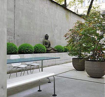 Atelier Alinea klassischer Gartentisch